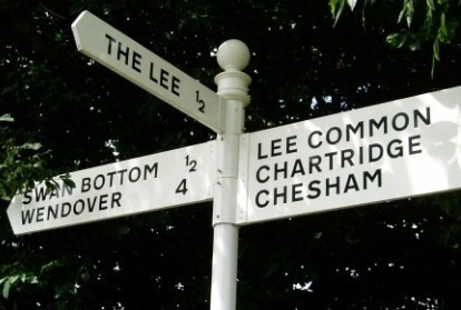 Signpost at the junction of Lee Clump Road and Chesham Lane