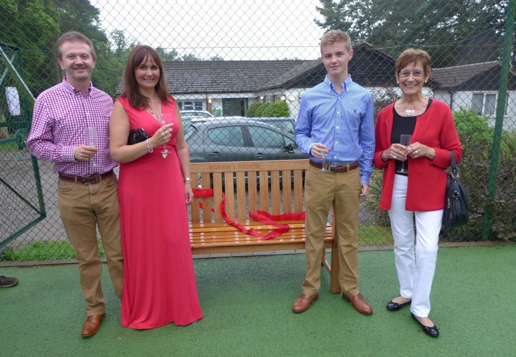 Bench on the tennis court, dedicated to the meory of Roger Morgan